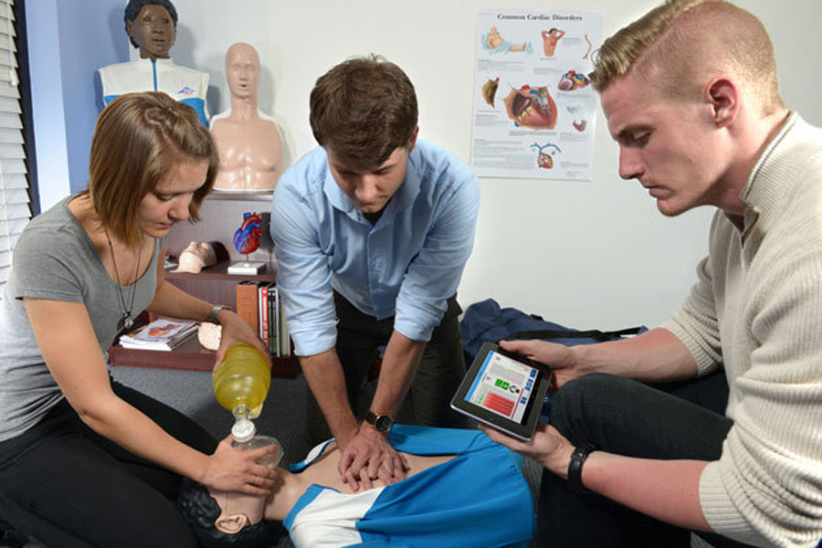 First Aid – What Should Be Left to the Professionals?